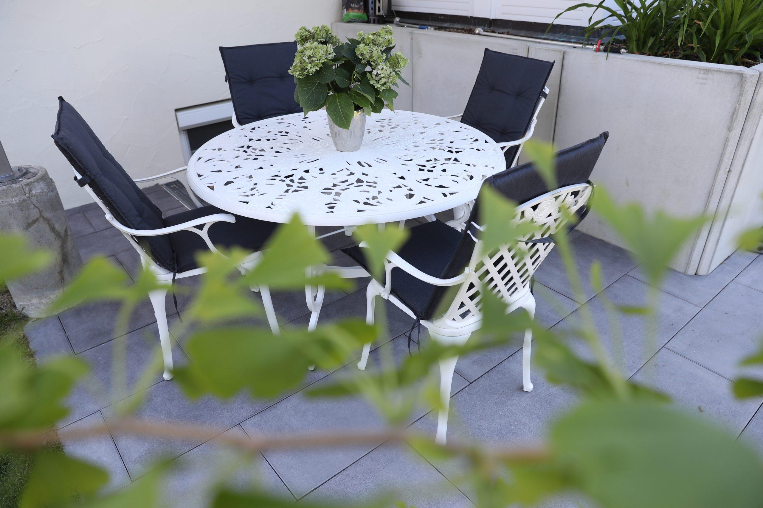 Designgarten | Terrasse | Sichtbeton | Mauerscheiben