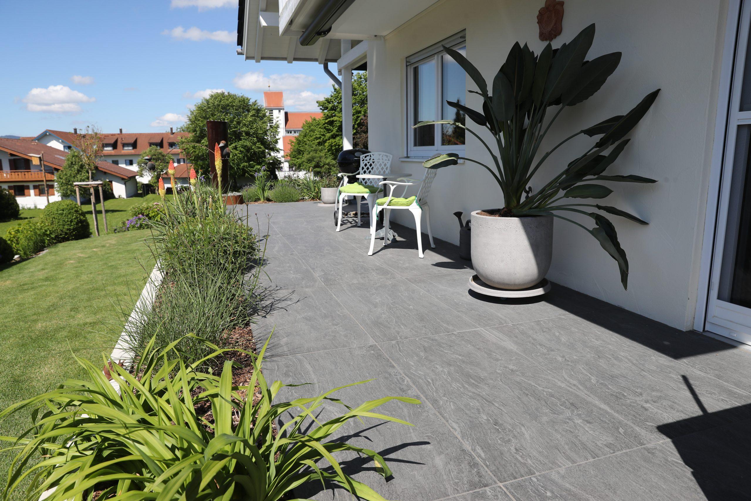 Designgarten | Terrasse | Terrassenbelag | Großformatplatten