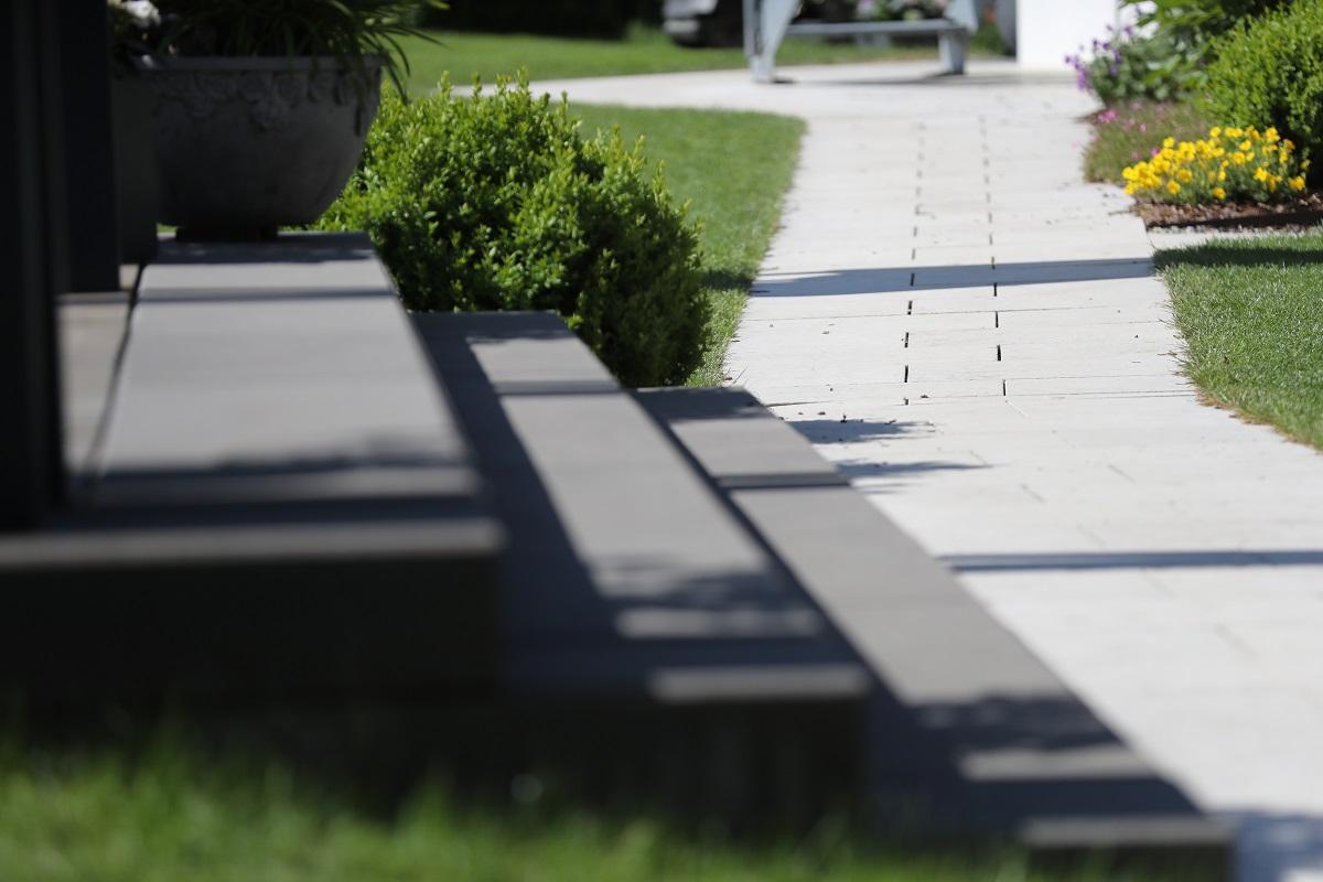 Designgarten | Treppen| Beton | Wegführung